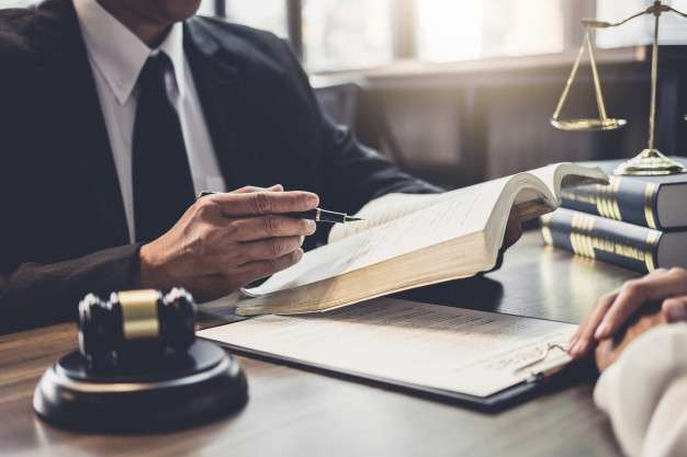 Advogado para concursos públicos
